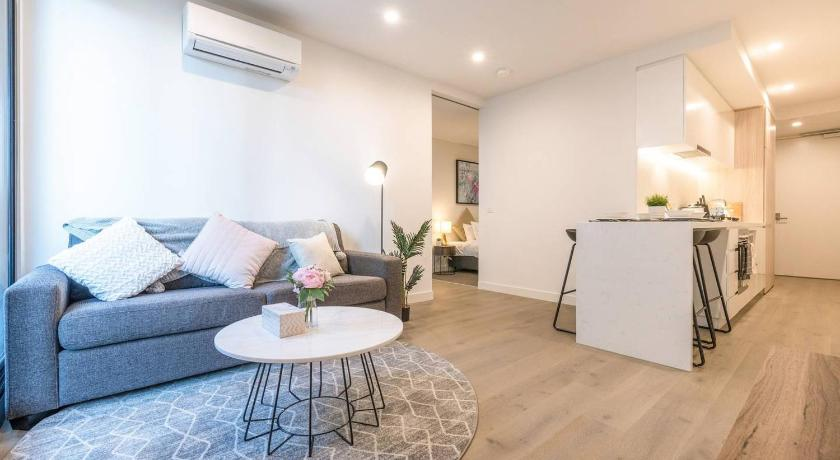 Chloe Serviced Apartment 1 Bedroom in Melbourne - Room Deals .