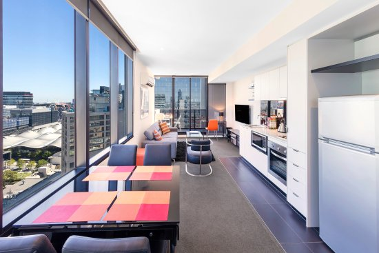 1 Bedroom Deluxe - Picture of Aura on Flinders Serviced Apartments .