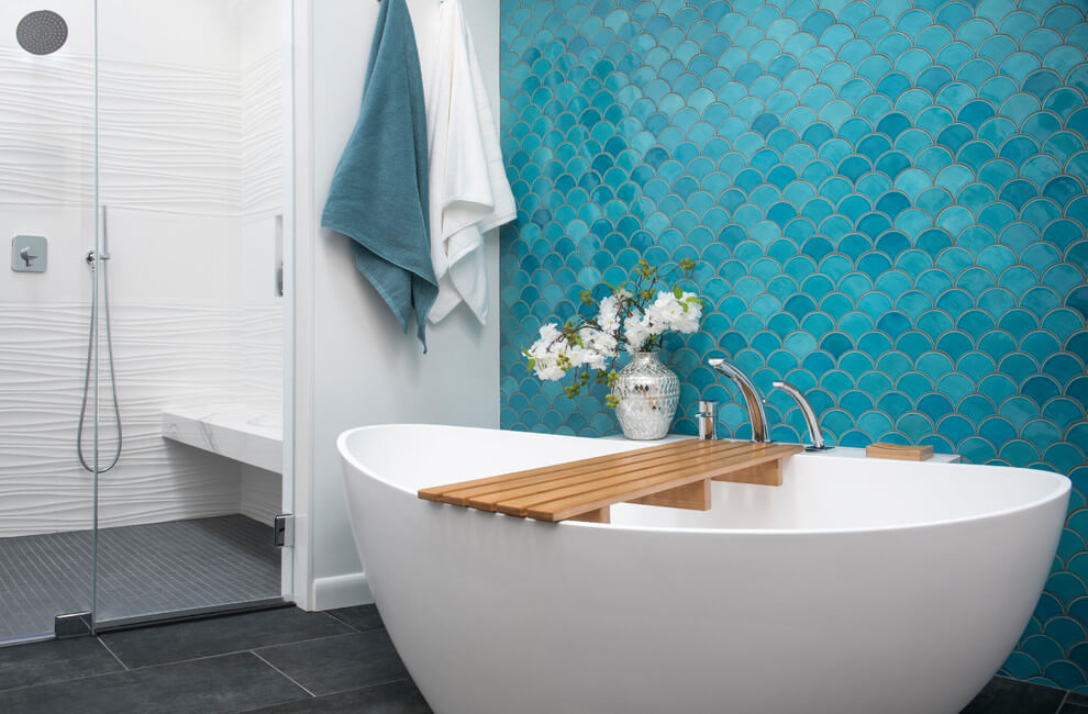 Beautiful tiled accent walls in bathroom