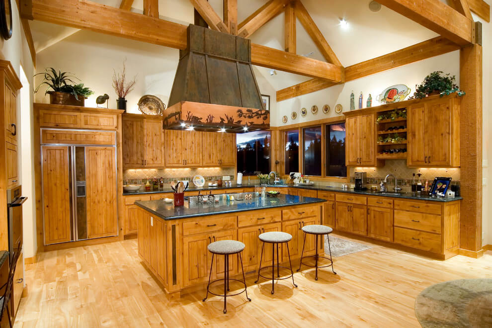 Bright, spacious and welcoming kitchen