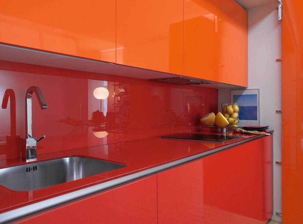 Red and orange kitchen decor