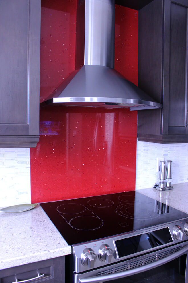 Glossy red kitchen accent wall