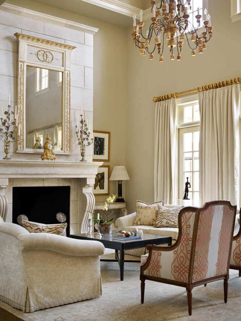 Luxurious look in neutral interior
