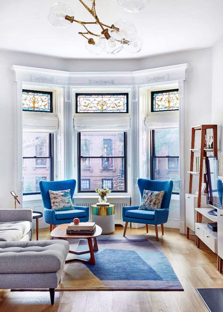 Vintage furniture and colorful accents