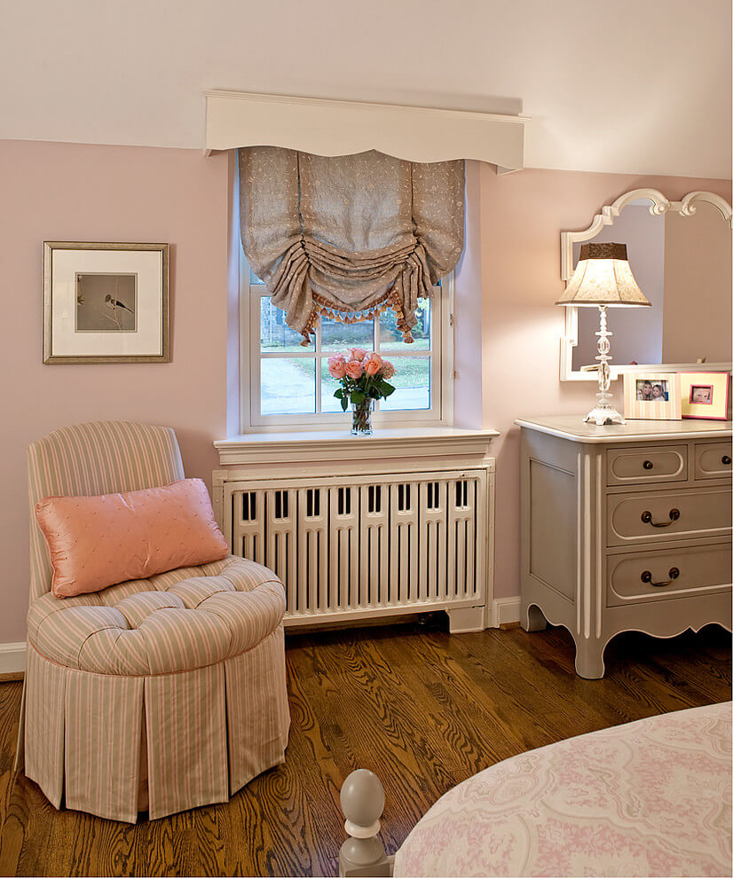 Classic French pale pastel decor