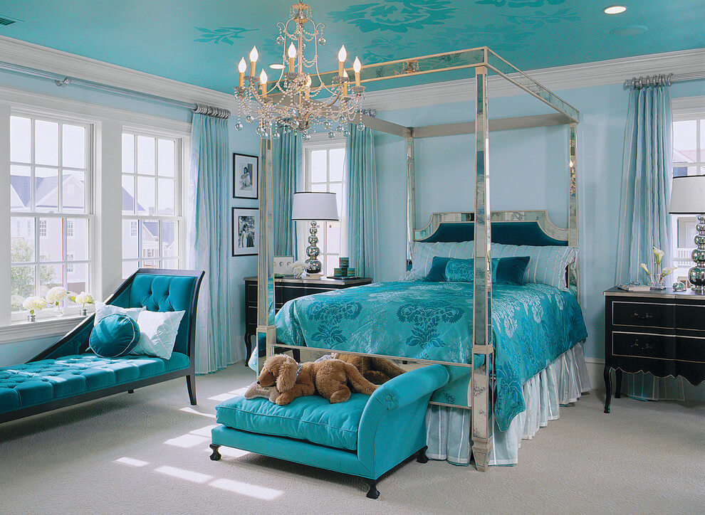 Glamorous decor turquoise bedroom