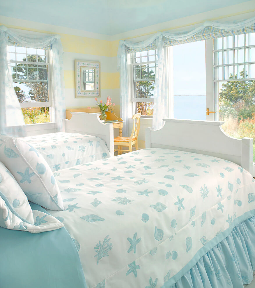 Beach colors cottage bedroom
