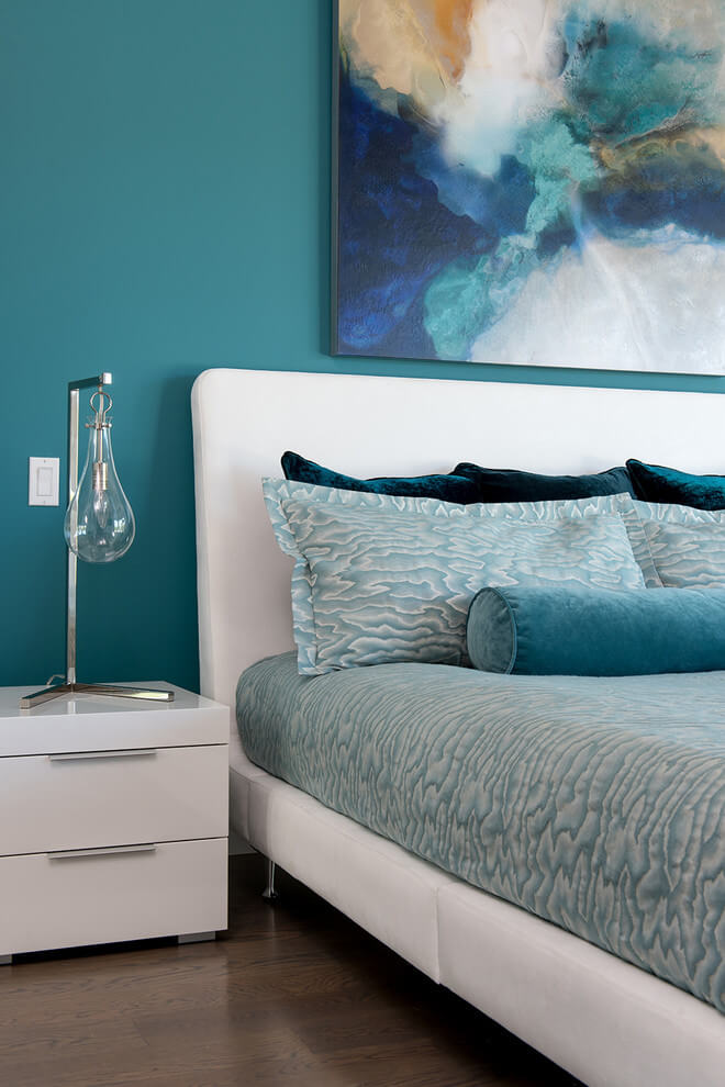 Different shades of turquoise bedroom
