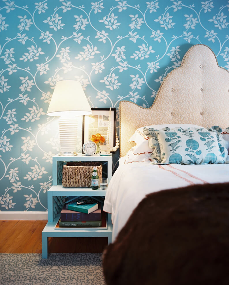 Beautiful turquoise wallpaper for accent walls