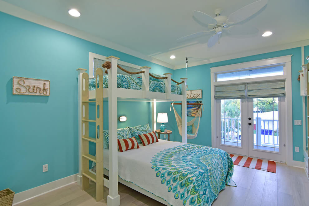 Children's bedroom with coastal colors
