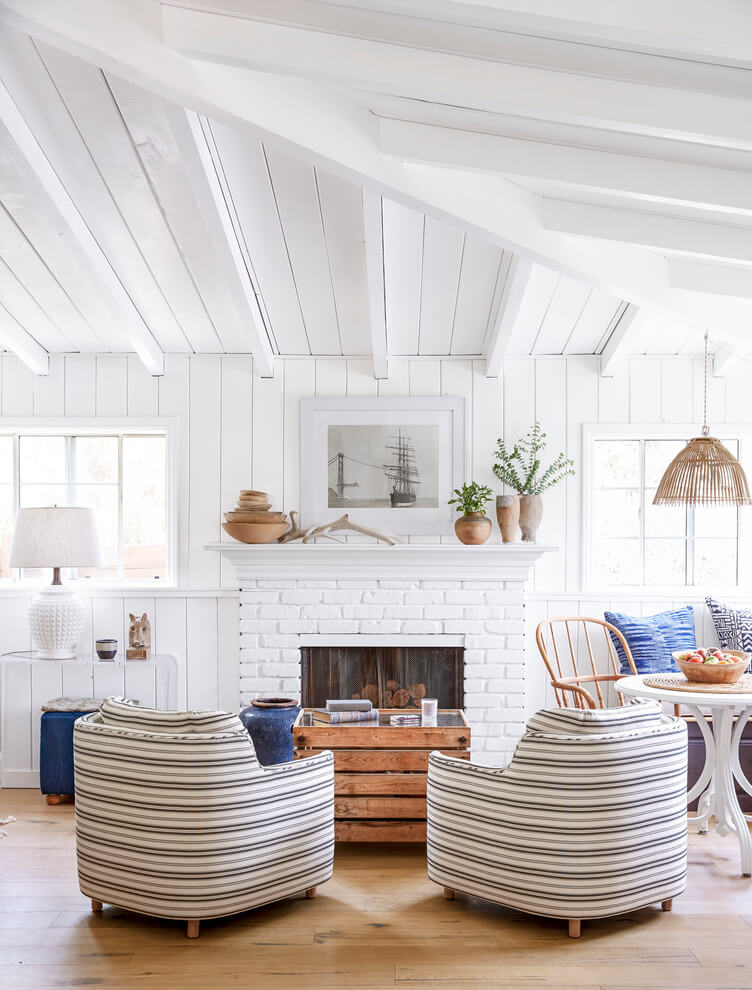 Beach style White living room