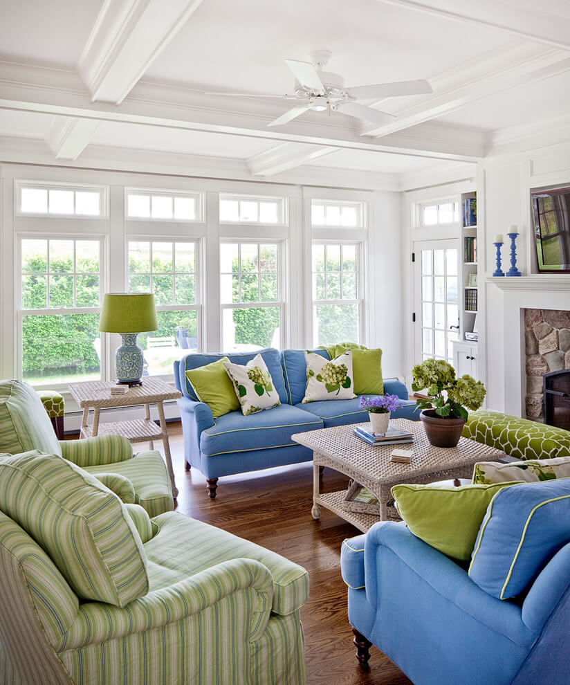 Tropical color cheerful living room