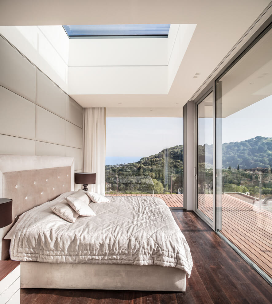 Open layout modern bedroom