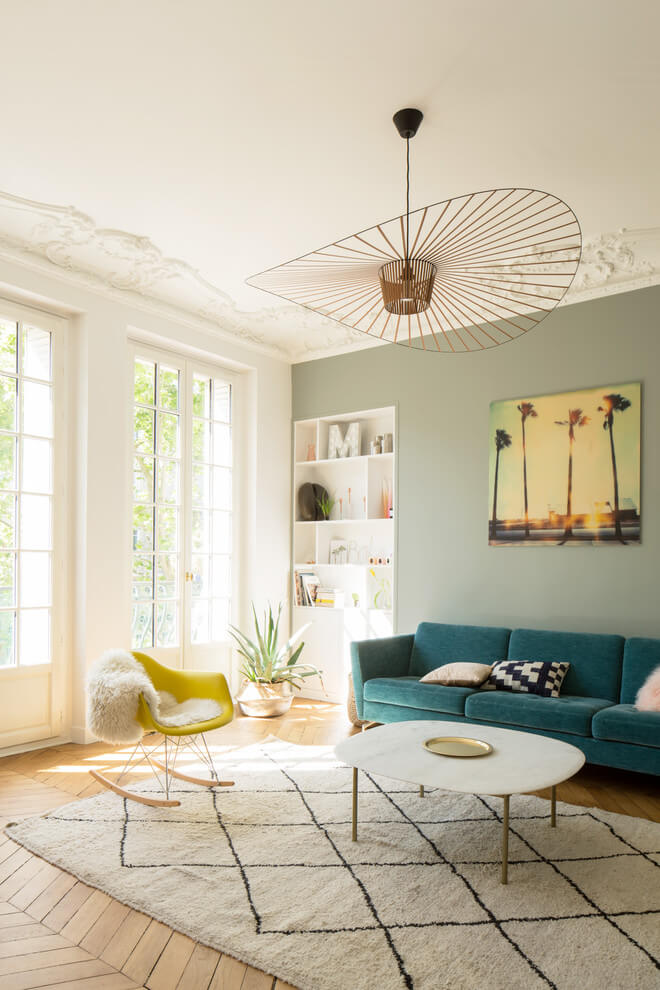 Sunny and bright living room