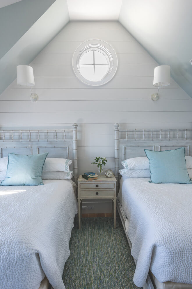 Twin Bed Small Bedroom Design