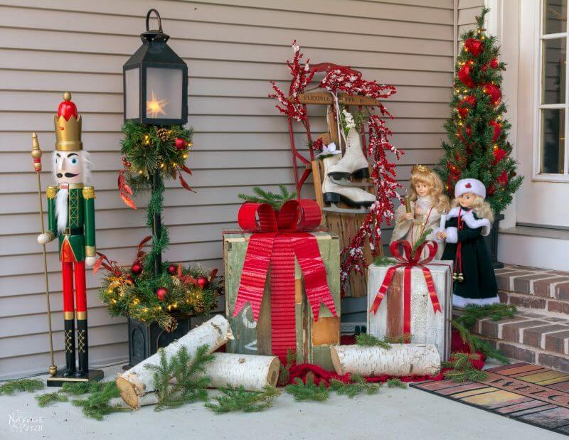 Rustic front porch Christmas screen