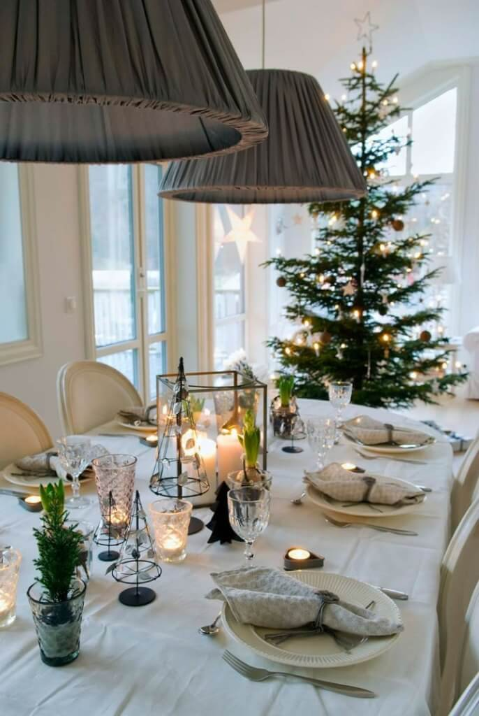 Elegant Nordic Christmas table decor