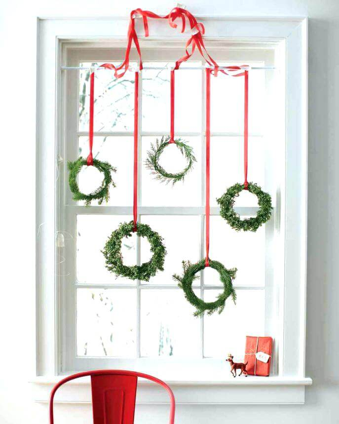 Christmas window decorations with wreaths