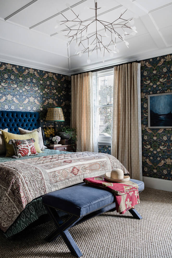 Interesting wallpaper bedroom design