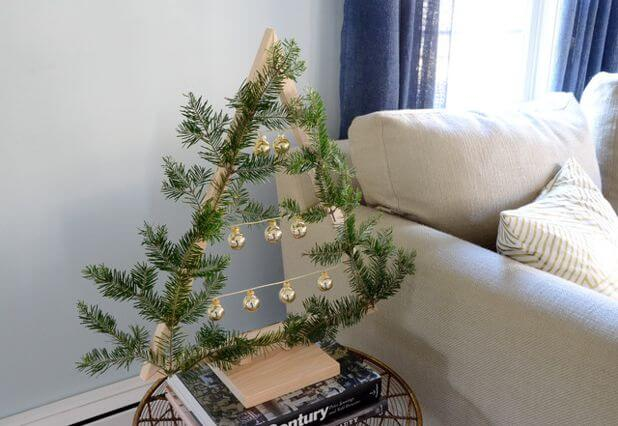 Innovative small space Christmas decoration
