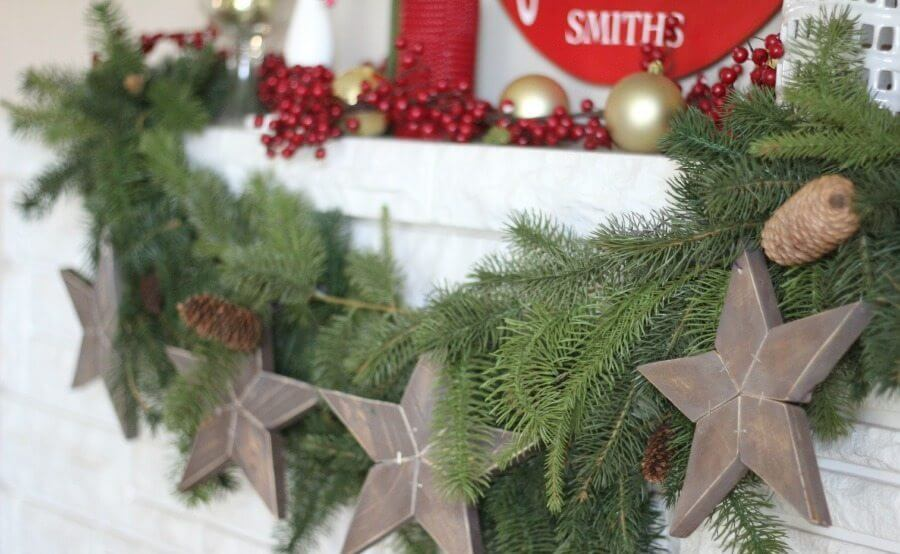 Wooden Stars Garland Mantel Decor