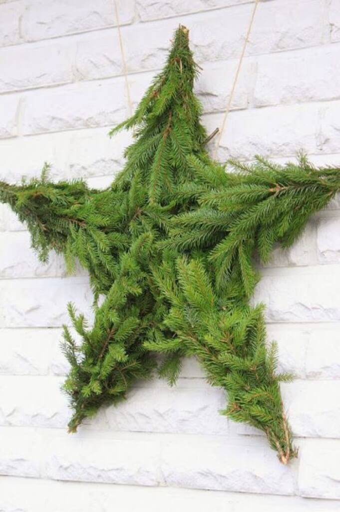 Fresh Green Star Wreath Decor