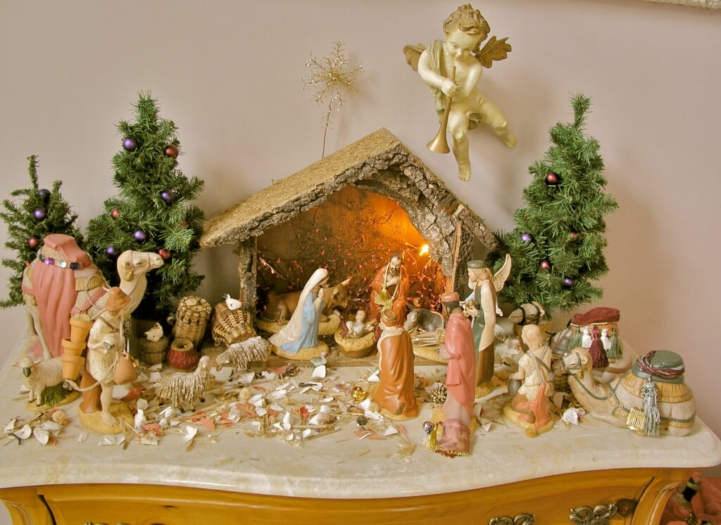 Nativity Scene Christmas Table Display