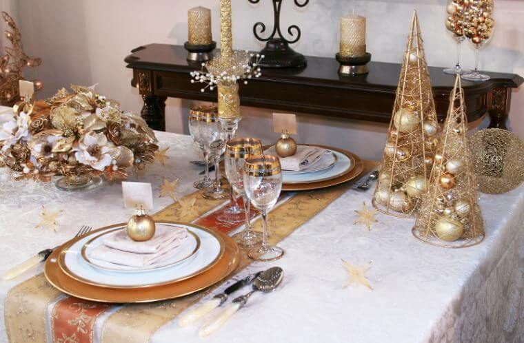 Gold Christmas table decoration