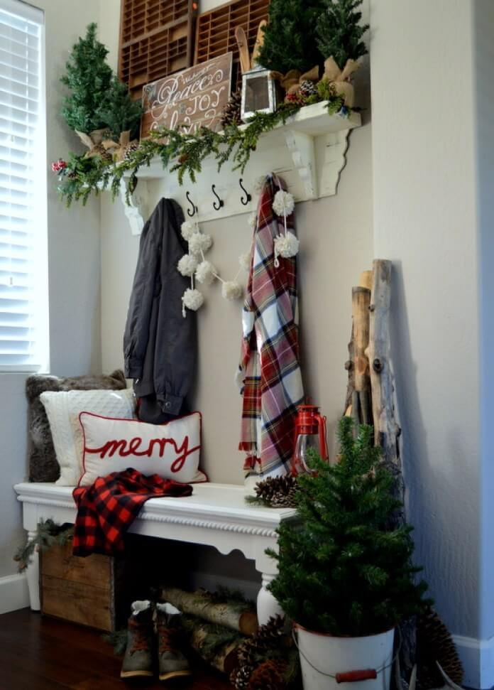 Entryway Farmhouse Style Christmas Decor