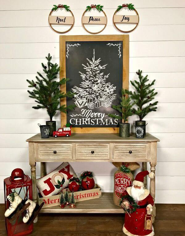 Elegant Rustic Christmas Table Decor