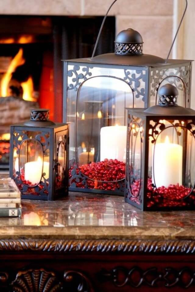Traditional Lanterns Cranberry Decor