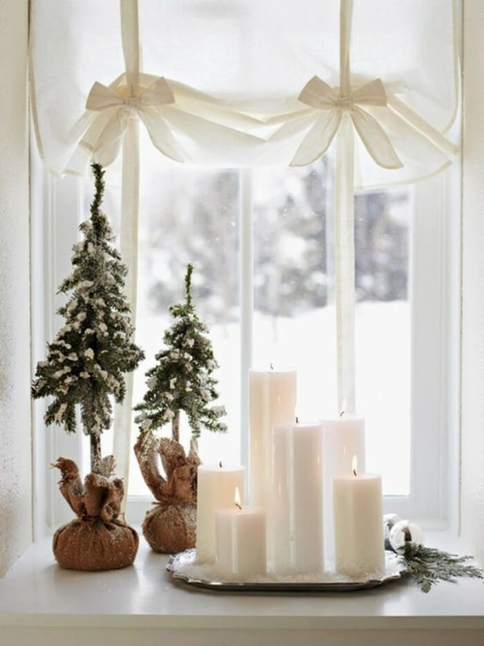 Scandinavian light window decoration