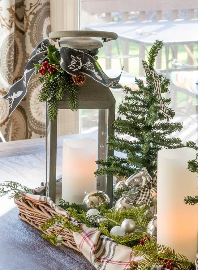Christmas Lanterns Candles Centerpiece