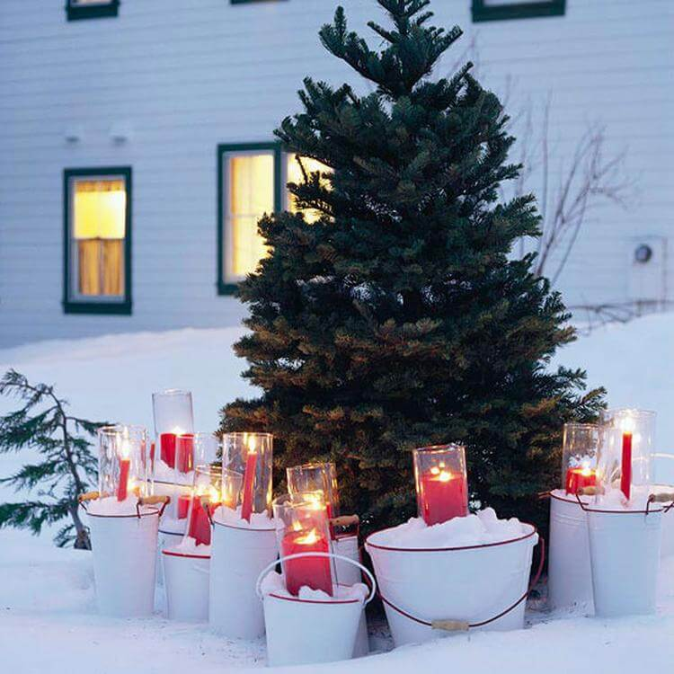 Front Yard Christmas Candles Decoration