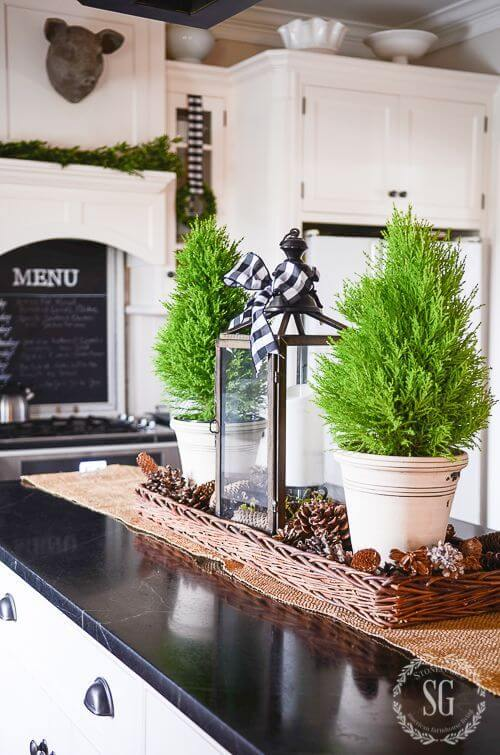 Kitchen Island Christmas Centerpiece