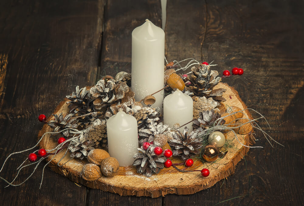 Rustic Farmhouse Christmas Centerpiece