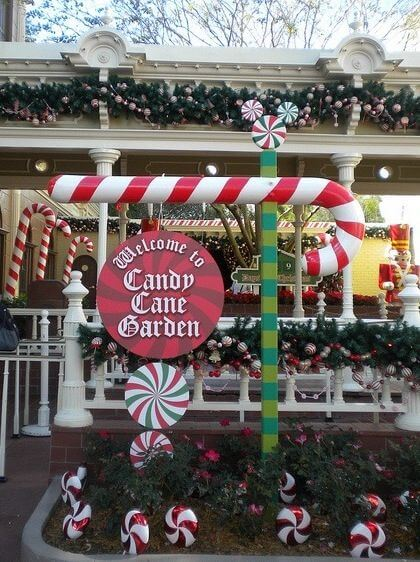 Candy Cane Front Yard Christmas Decoration