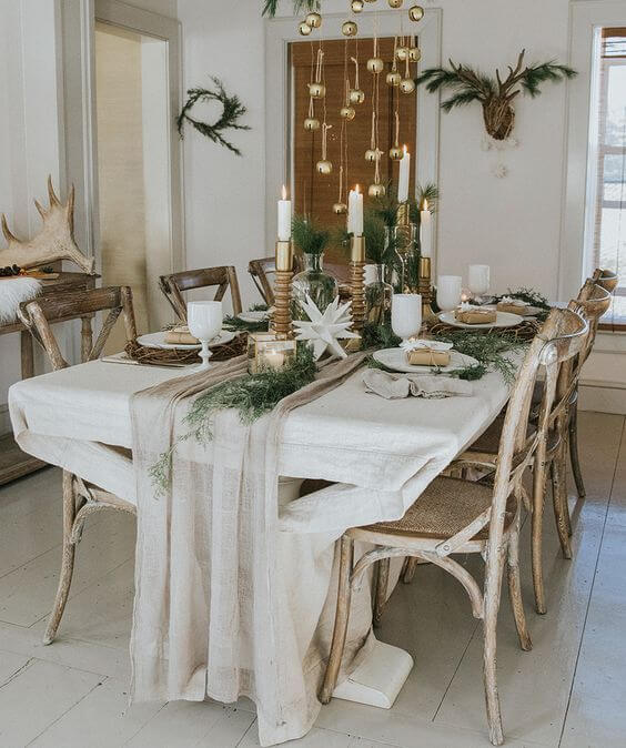 Modern rustic Christmas table decoration