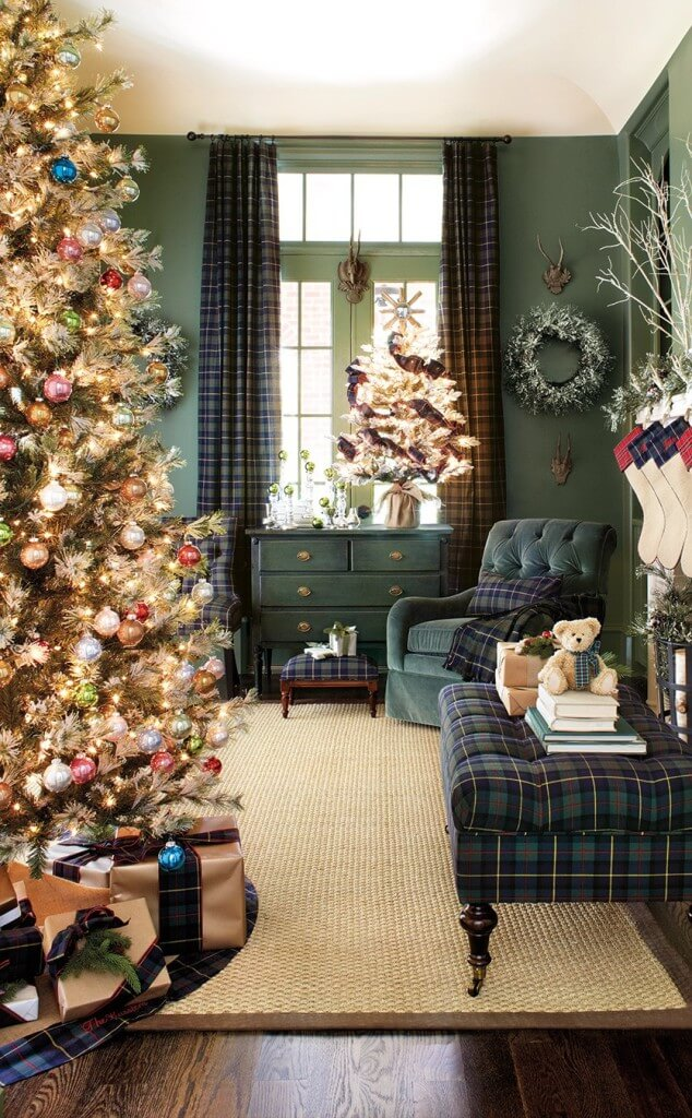 Living room checkered Christmas decor