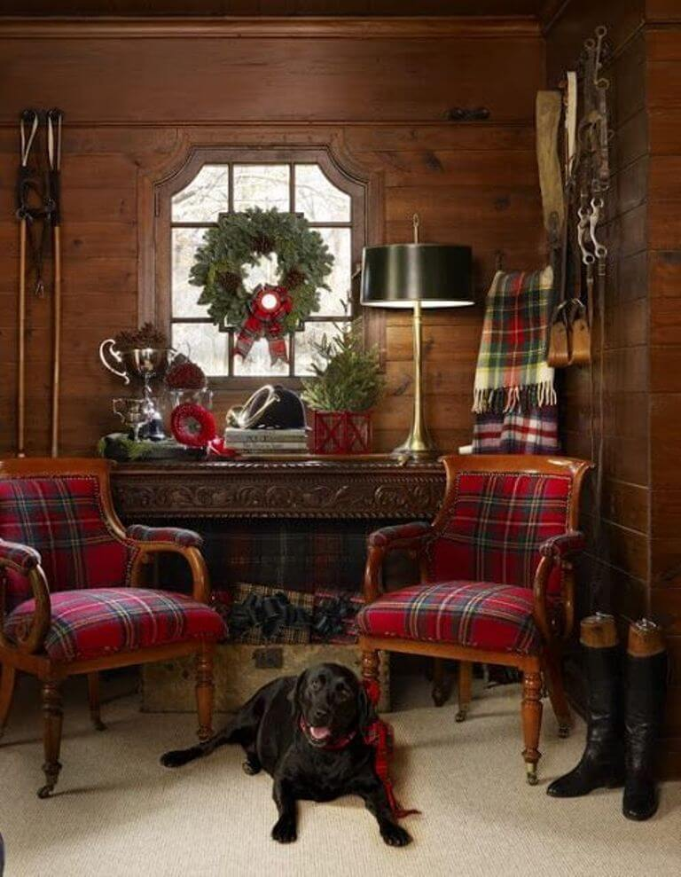 Home office Plaid Christmas decor