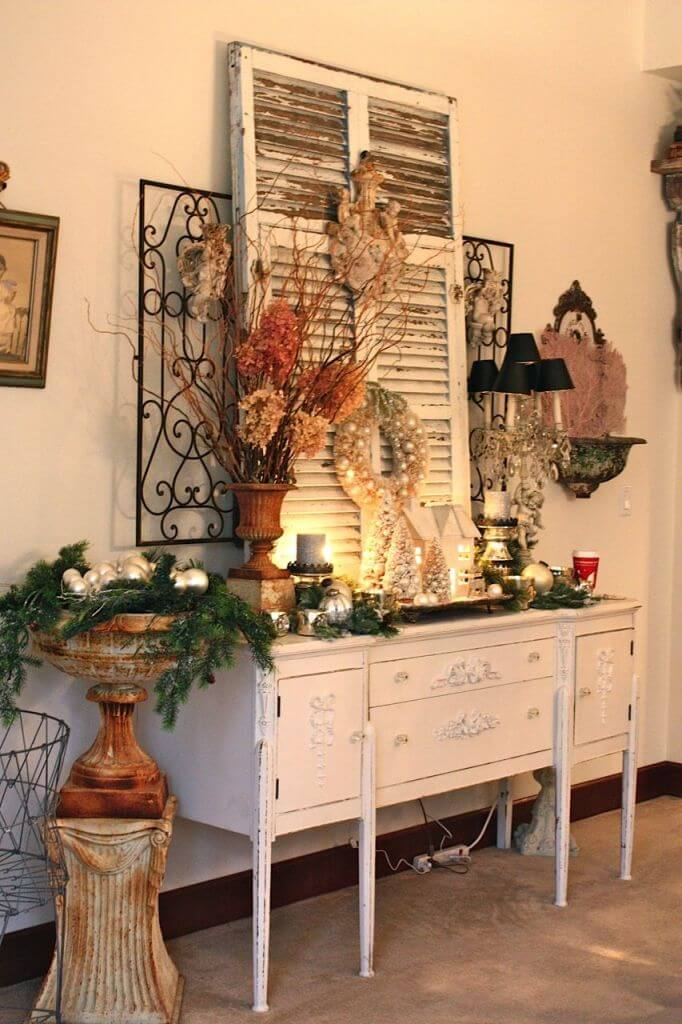 Shabby Chic Christmas Front Porch