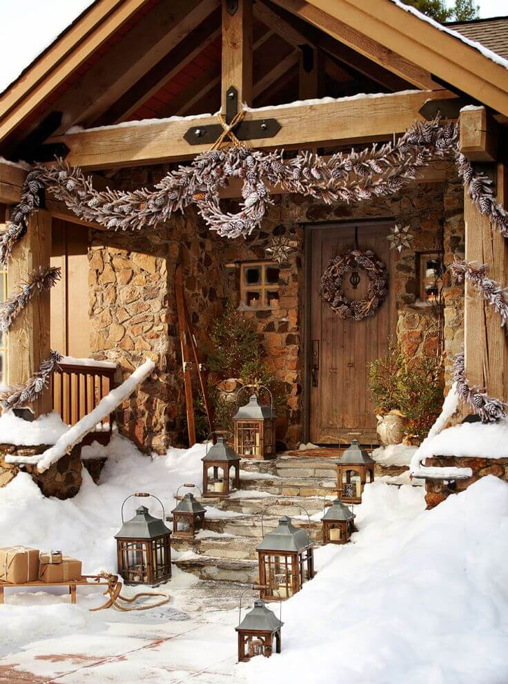 Rustic Christmas porch decoration