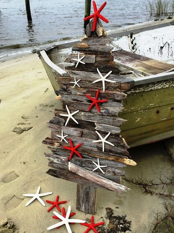 Creative DIY Beach Style Christmas Tree