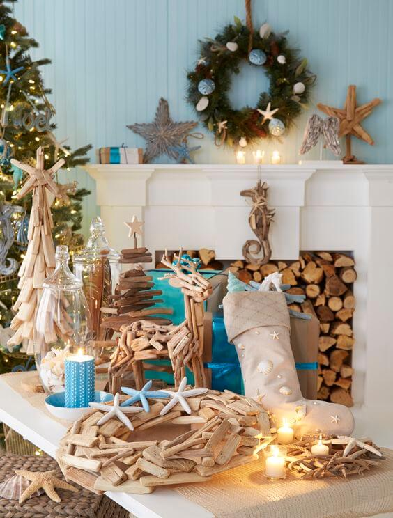 Coastal Christmas Table Decor