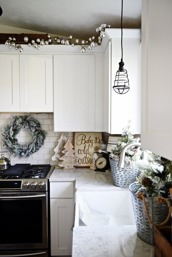 Beach Style Kitchen Christmas