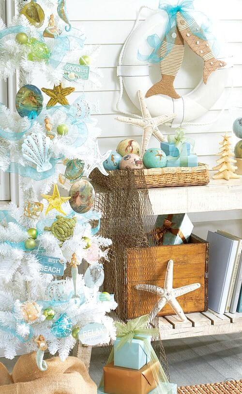 Creative Front Porch Christmas wreath