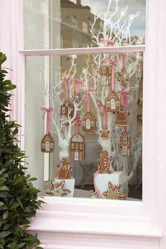 Creative gingerbread Christmas decor
