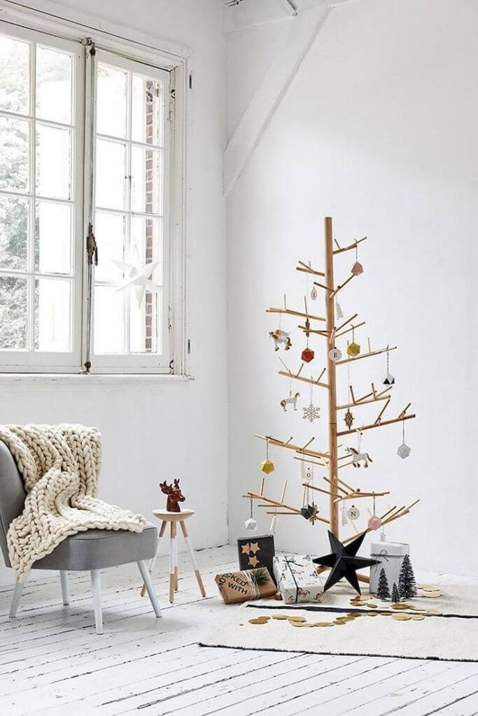 DIY wooden stick Christmas tree