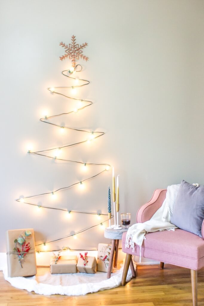 DIY minimalist Christmas tree