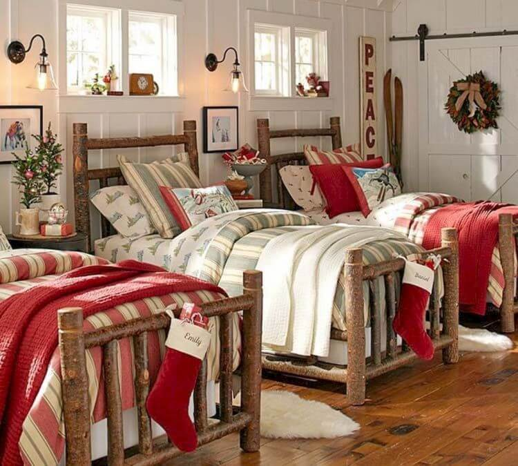 Country Style Christmas Bedroom Decor